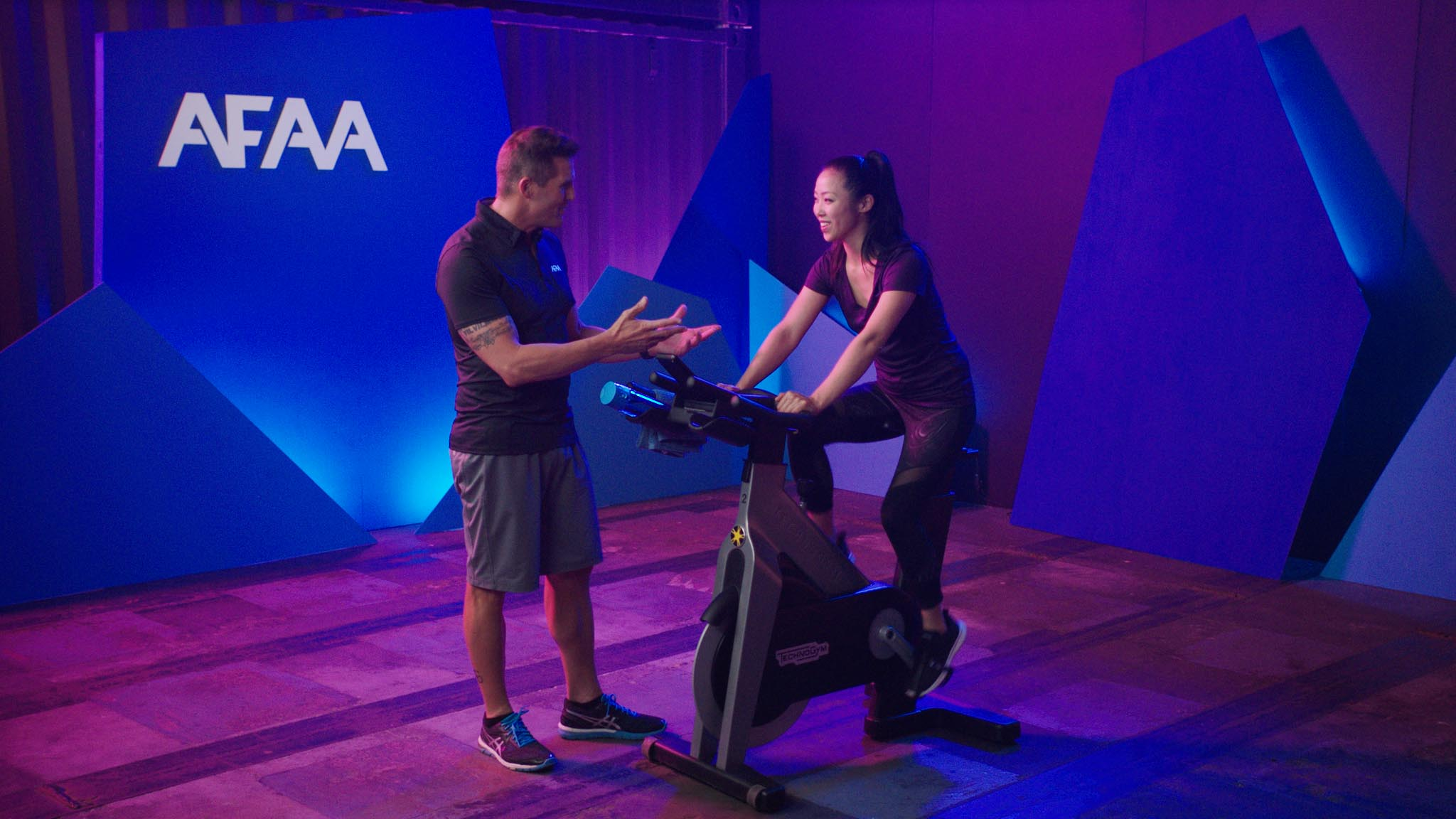 Indoor cycler learning from instructor